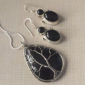 Pretty tree of life wire Onyx silver earrings set